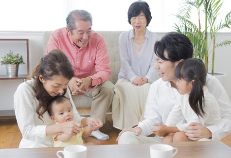 家族で食べるおせちの相場